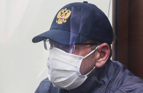 Суд арестовал замминистра энергетики Анатолия Тихонова