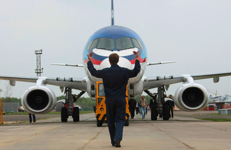 Sukhoi Superjet 100.