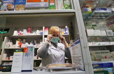 В российских аптеках с понедельника начнут продавать лекарства от коронавируса