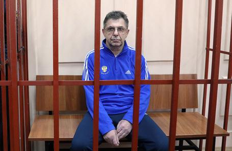 Александр Кравцов.