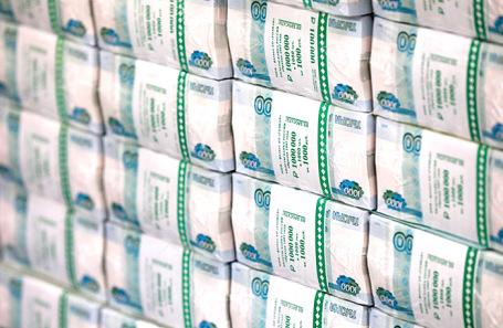 Супруга камчатского депутата возглавила рейтинг богатейших супругов российских госслужащих
