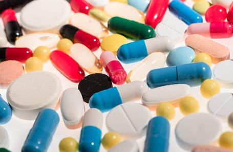 «Вынуждены переходить на другие препараты». Пациенты с гемофилией пожаловались на перебои с лекарствами