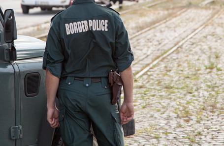 Россияне оказались организаторами нелегальной миграции в Грецию и получили по 300 лет тюрьмы
