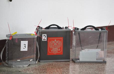 Особенности местных костромских выборов: избиратели проголосовали за водителя автобуса и уборщицу