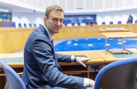 МИД России допустил, что история с Навальным — «постановка» Германии