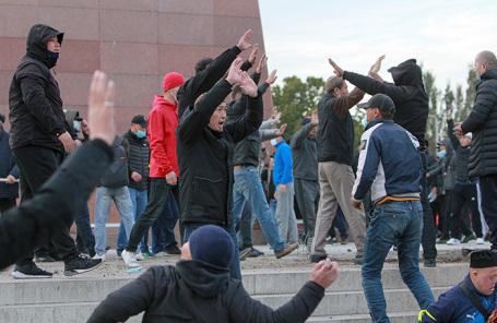 Беспорядки в Бишкеке.