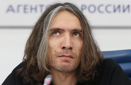 Сын Виктора Цоя Александр Цой.