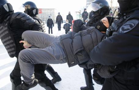 Несогласованная акция сторонников Навального в Новосибирске.