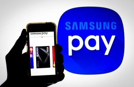 Samsung отреагировал на возможный запрет платежного сервиса в России: Рынки: Экономика: