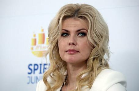 Муж экс-замминистра просвещения Раковой заявил, что не знает, где она находится