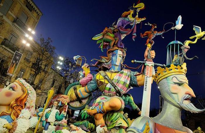 На фестивале Фальяс в Валенсии.