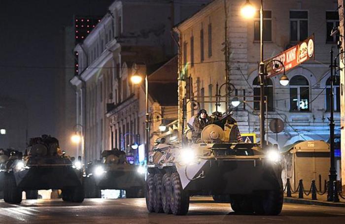 Репетиция военного Парада Победы во Владивостоке.