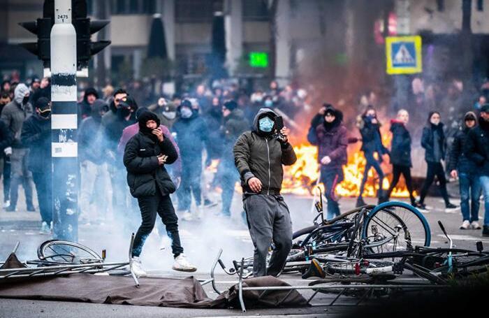 Протесты в Нидерландах