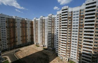 Вернуть прозрачность очереди на жилье в Москве поможет только голодовка?