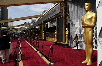 Песни и танцы, протесты и политика — все смешалось на «Оскаре»