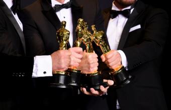 Ошибок быть не может. Конфуз «Оскара» тщательно срежиссирован?