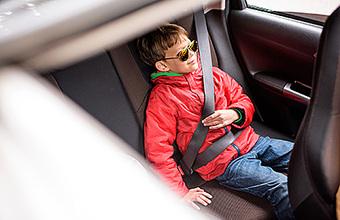 С ребенком на такси. Облегчат ли новые правила для автокресел жизнь родителям?