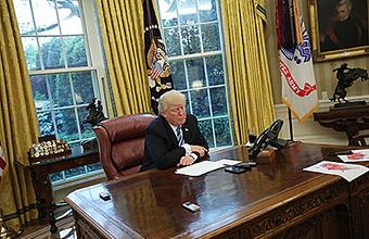 Кто знал, что быть президентом США так трудно? Точно не Трамп