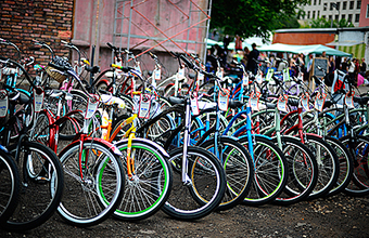 Благотворительная «Велобарахолка» в Москве: продай велосипед — помоги детям