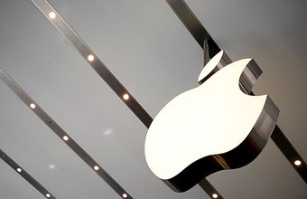 Первый вице-президент Apple похвалила белых мужчин и лишилась должности
