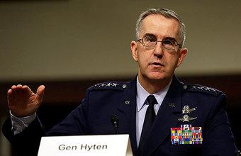 Обзор инопрессы. Американский генерал готов предотвратить ядерный удар Трампа