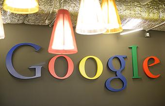 Российский Google оправдывается за действия американских коллег?