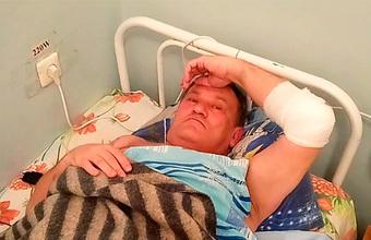 «Местные чиновники передали привет». Журналиста Прудникова ранили рядом с кладбищем