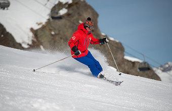 От Домбая до Альп: куда поехать россиянину покататься на лыжах?