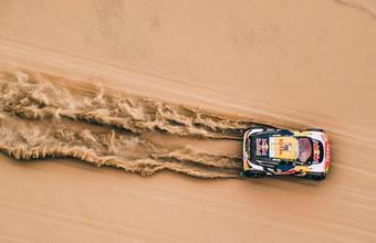 Скорость, песок и виражи