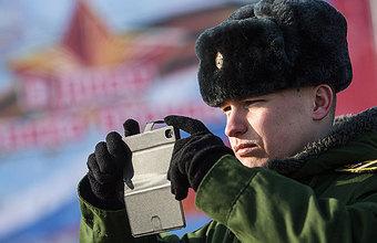 «Старенькая Nokia» за 115 тысяч: что умеют новые телефоны военных