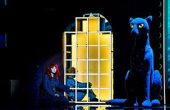 Афиша: «Кролик Питер», «Синяя синяя птица» в Театре наций и Валерий Сюткин в «Крокусе»