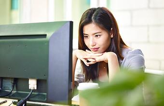 Корейцев отучают сидеть на работе «до потери пульса»