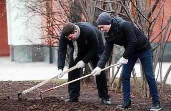 В Москве общегородской субботник: предстоит убрать то, что не успели неделю назад