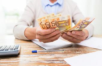 Финляндия закрывает эксперимент с безусловным доходом