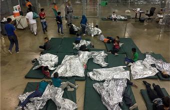 Детки в клетке. После скандала Трамп подписал указ, по которому семьи нелегальных мигрантов не разделяют