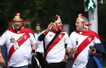 Самолет с перуанскими болельщиками попал в «нештатную» ситуацию