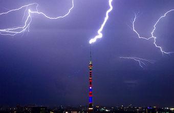 Жара и ураган: в Москве «желтый» уровень опасности