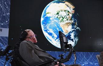 «Короткие ответы на серьезные вопросы»: Стивен Хокинг предсказал появление расы «сверхлюдей»
