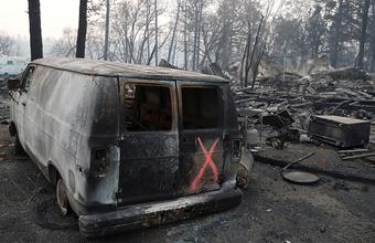 Самый разрушительный пожар в истории Калифорнии: число жертв и пропавших без вести растет