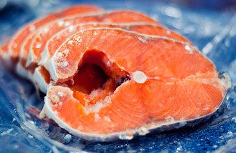 Красная рыба в России подешевела, но покупатели этого не заметили