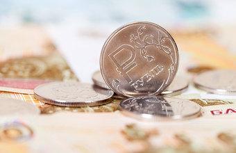 Рубль вновь обновил максимумы. Пора ли покупать валюту?