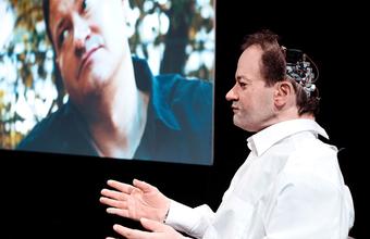 Театр Наций покажет моноспектакль андроида