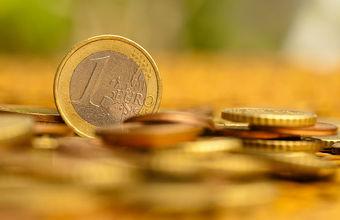 Готовь евро к майским?