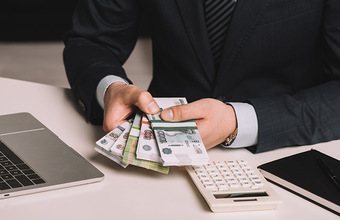 Что подталкивает российский бизнес к отказу от безналичной оплаты?