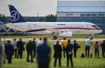 «Мы очень много занимаемся сменой названий без толку». Можно ли сделать Superjet российским не только по названию?