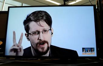 Не пользуйтесь WhatsApp и Telegram! Такой совет чиновникам дал бывший сотрудник АНБ Эдвард Сноуден