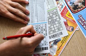 «Лотерея — это игра для бедных». Шанс на куш или «налог на глупость»?