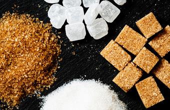 Несладкая жизнь: в Великобритании сладкоежкам пригрозили «сахарным» налогом