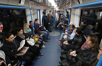 Можно ли в общественном транспорте увести деньги с банковской карты?