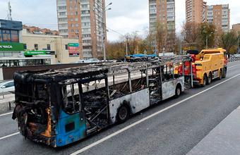 Автобус в Алабяно-Балтийском тоннеле в Москве загорелся из-за короткого замыкания